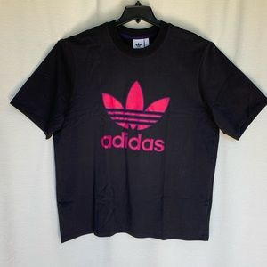 Adidas Trefoil t-shirt - says L but will fit XL
